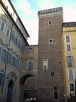 150px-monti_-_torre_del_grillo_2249